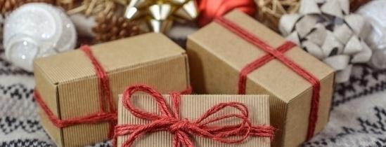 Томичи собираются дарить воспитателям и няням сладости и сертификаты