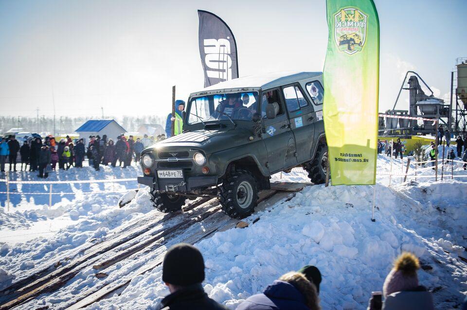 Томские водители-экстремалы проводили зиму под рев моторов