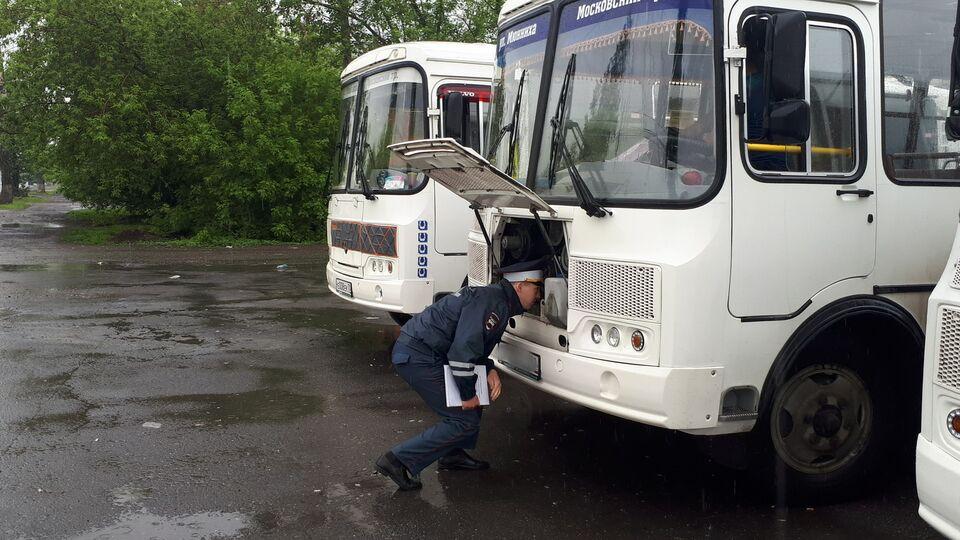Неисправные тормоза и свет: как томские маршрутчики возят пассажиров