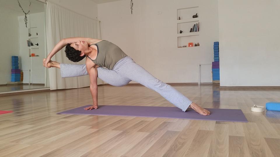 Йога сегодня отмечает день рождения: 8 советов новичкам от эксперта