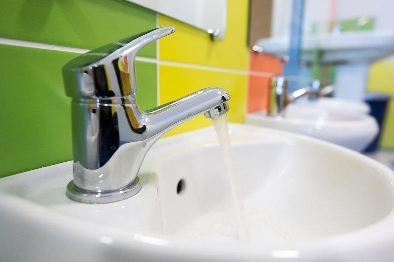 Томскую УК оштрафовали на 125 000 за задержку горячей воды