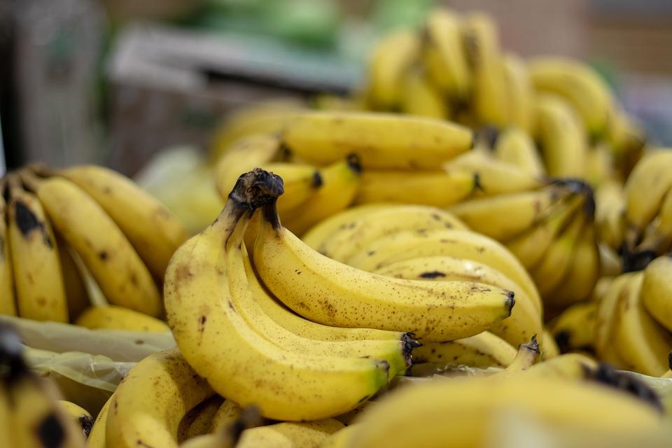 Зеленые, желтые и коричневые: какие бананы полезнее и для кого