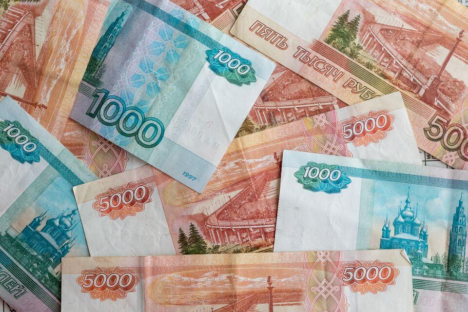 Более миллиона рублей похитила управляющая торгового центра Северска