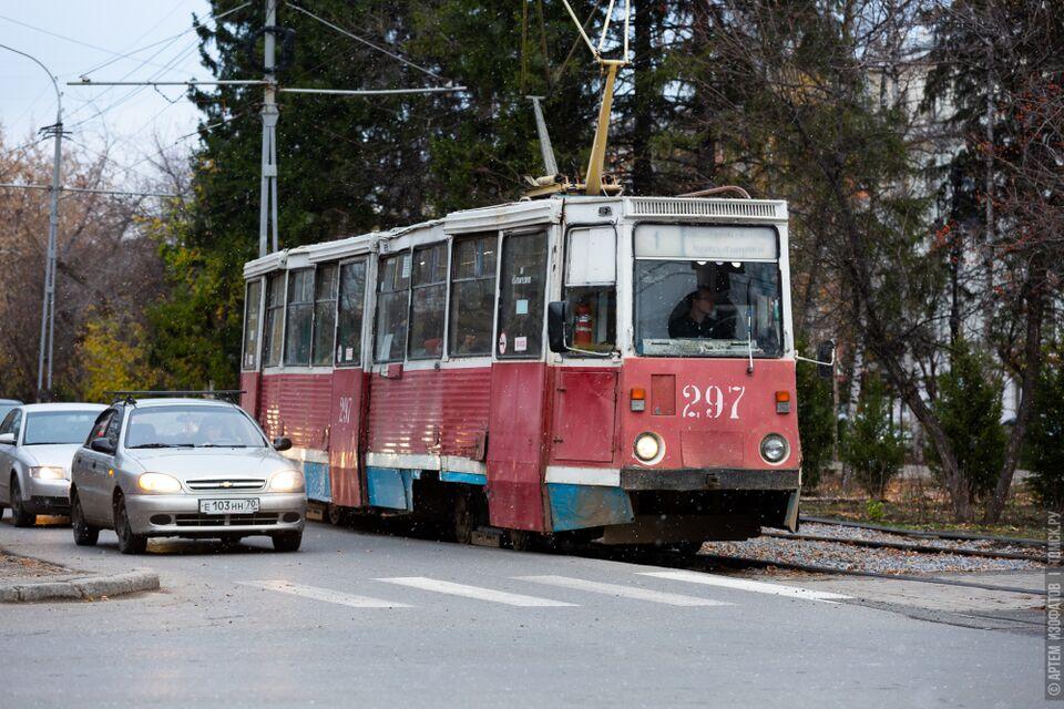 Власти предложили томским студентам пересесть на электротранспорт