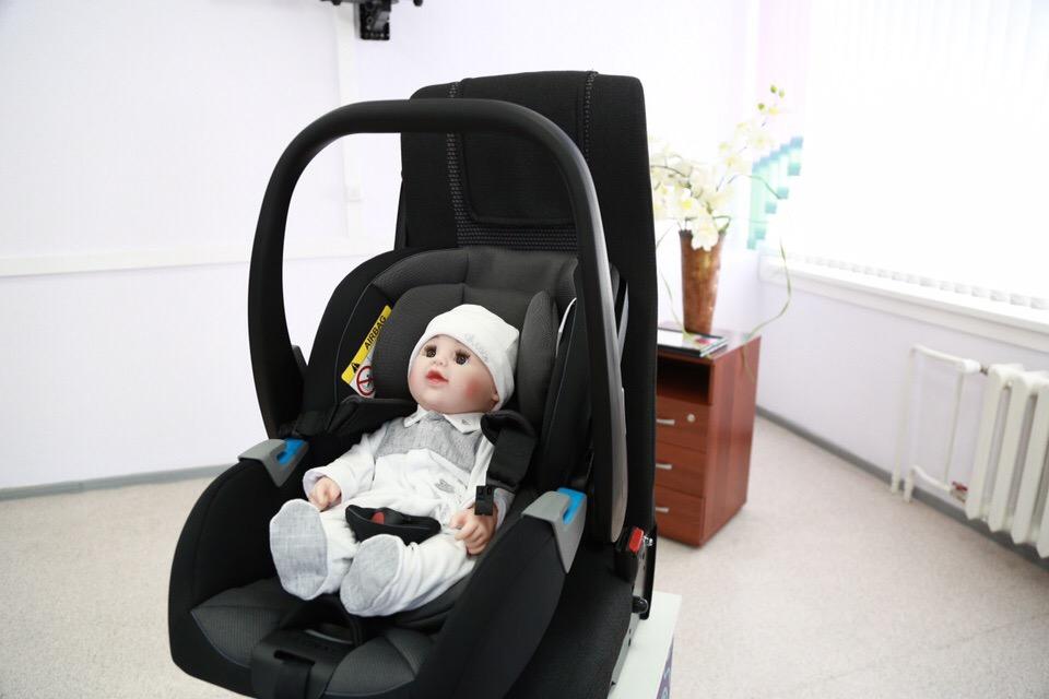 Пациенток перинатального центра обучат правильной перевозке детей
