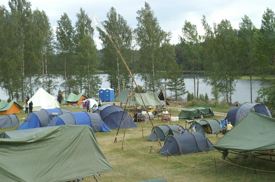 Опасный палаточный лагерь закрыли в Томской области