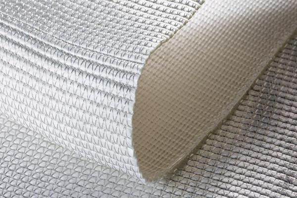 Чем отличается тканый геотекстиль от нетканого?