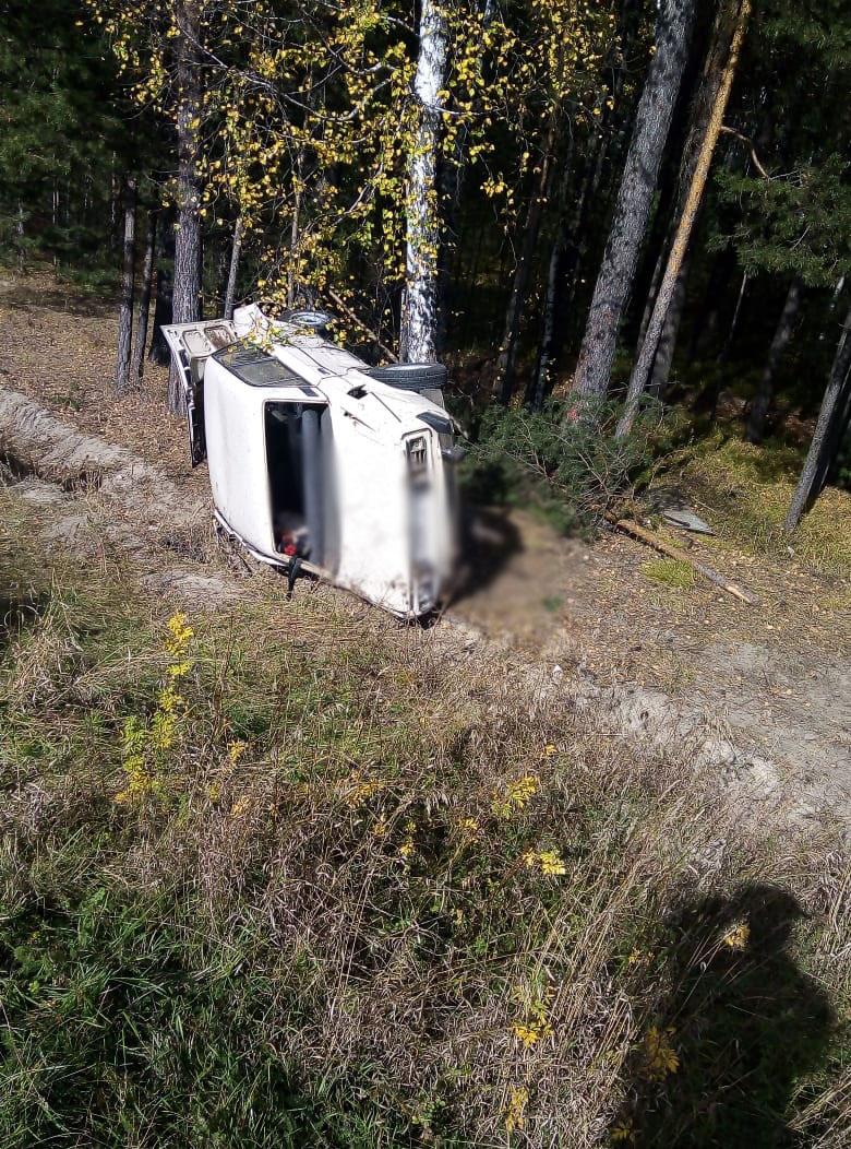 Пассажирка автомобиля ВАЗ погибла после ДТП на трассе Томск-Колпашево