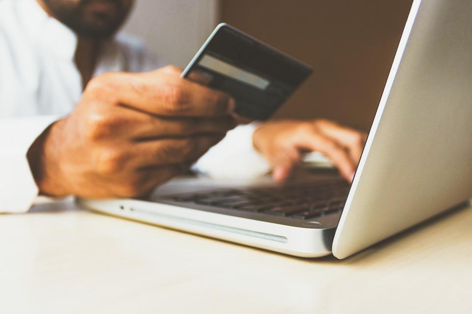 Быстро, просто, без нервотрепки: как получить онлайн-кредит в Украине