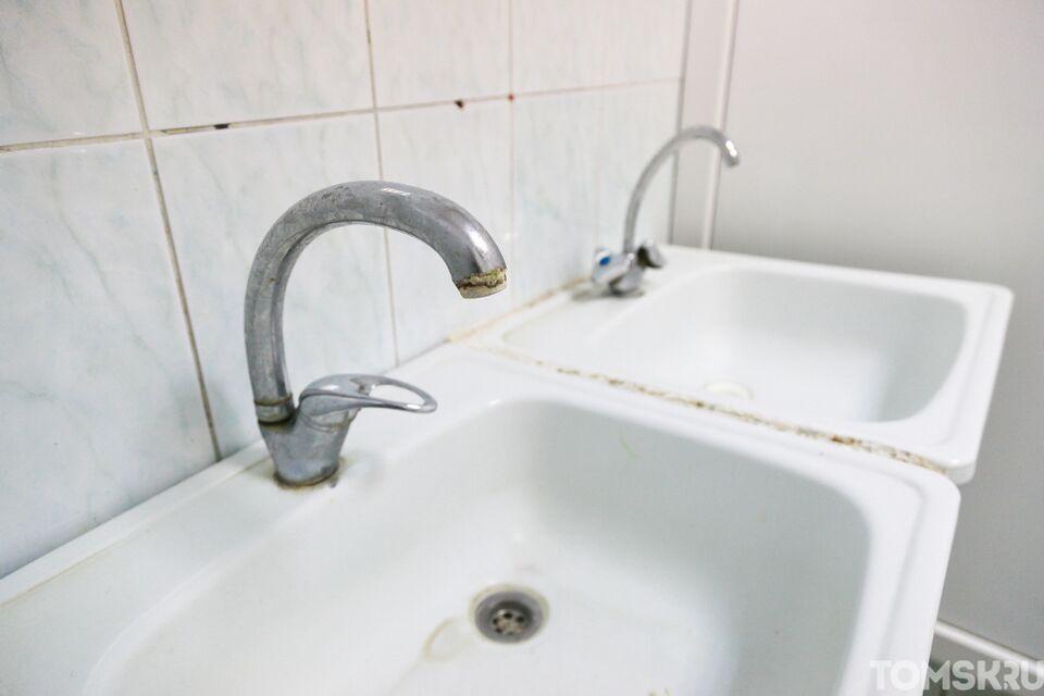 Вода не для людей: томичи не могут получить качественную воду