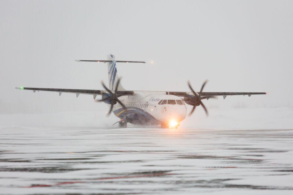 Самолеты не могут приземлиться в Томске из-за погоды