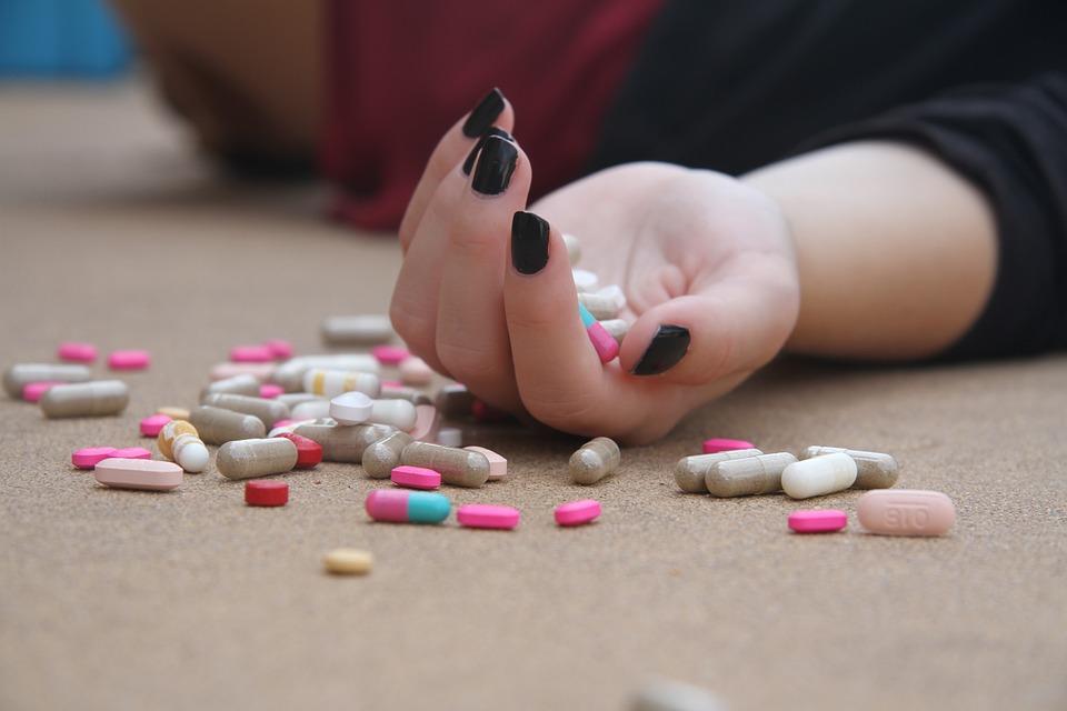 13 симптомов, при которых женщинам нужна срочная помощь медиков