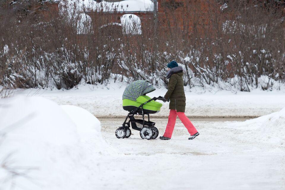 Томичку с детской коляской пытались не пустить в бизнес-центр