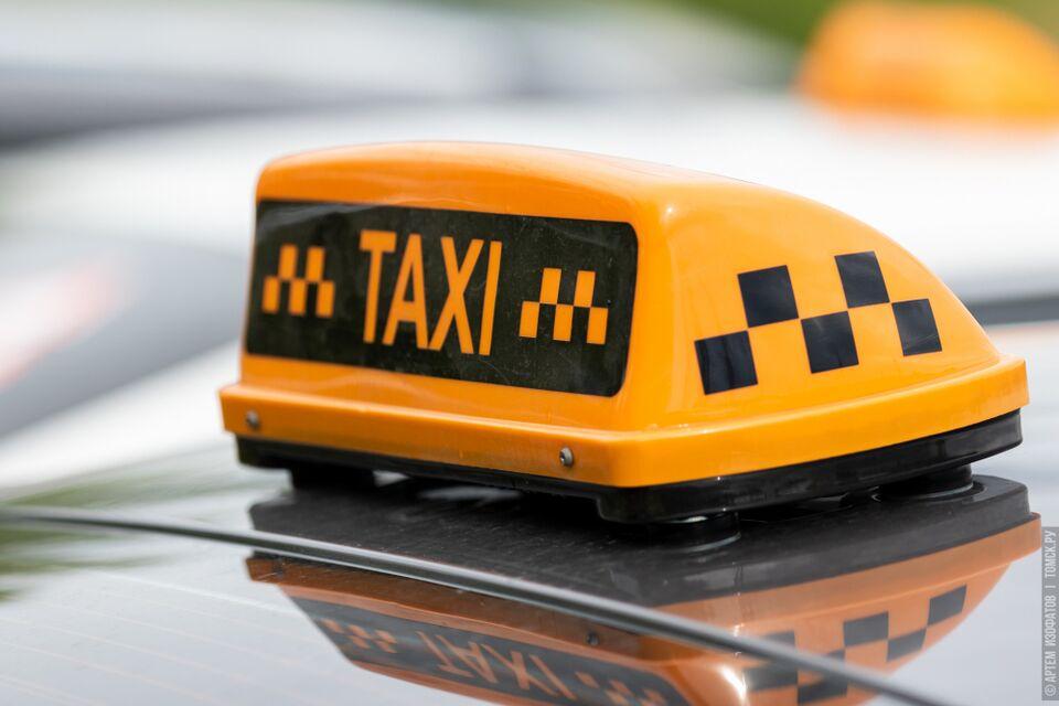 Капитан полиции помог спастись томичке из горящего такси