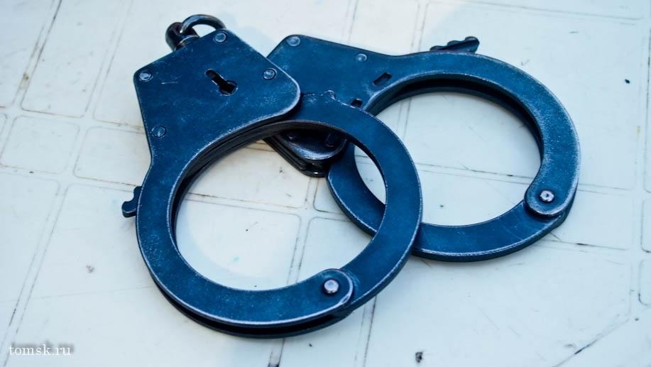 Двоих томских подростков задержали за распространение наркотиков
