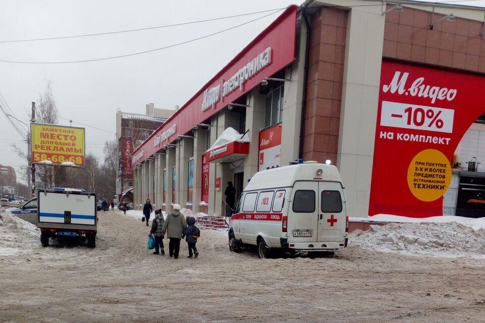 Из-за подозрительного пакета эвакуировали томский гипермаркет