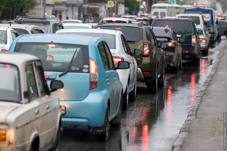 Официально: Госдума решила не отменять транспортный налог