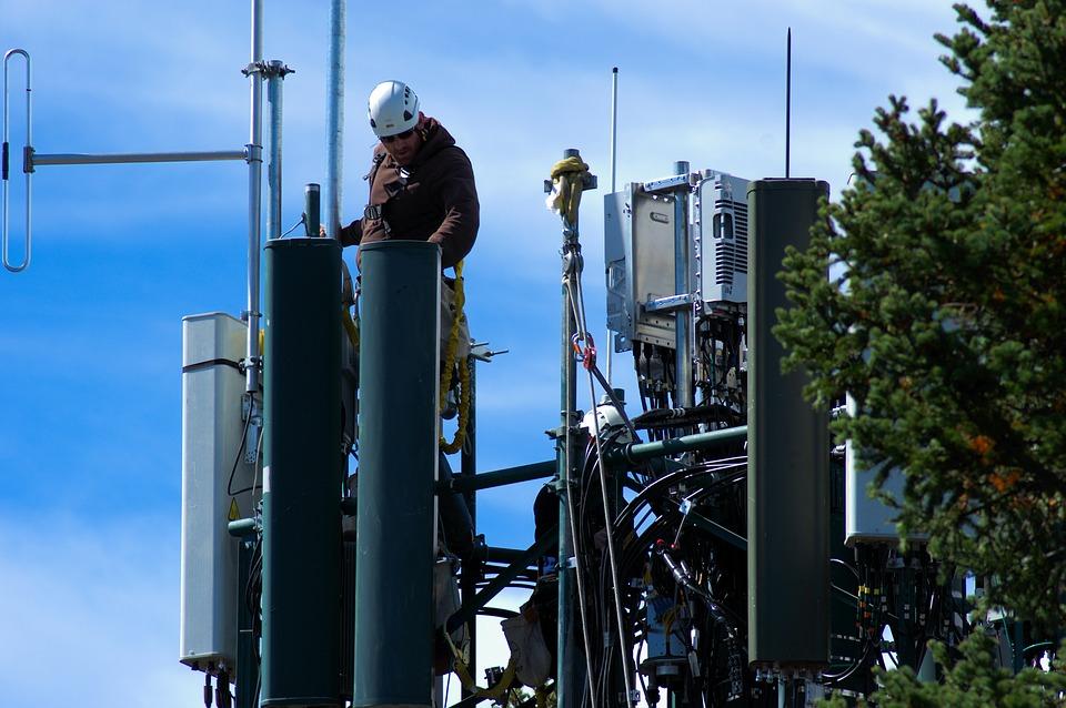 Исследование: сотовые операторы готовят инфраструктуру к связи 5G