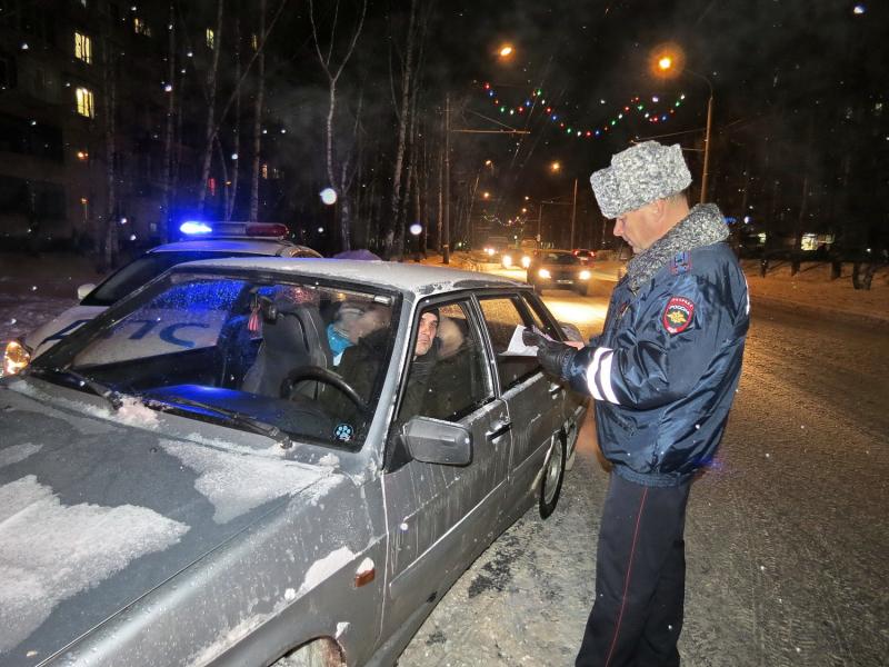 Главный инспектор регионального УГИБДД учил томичей правилам