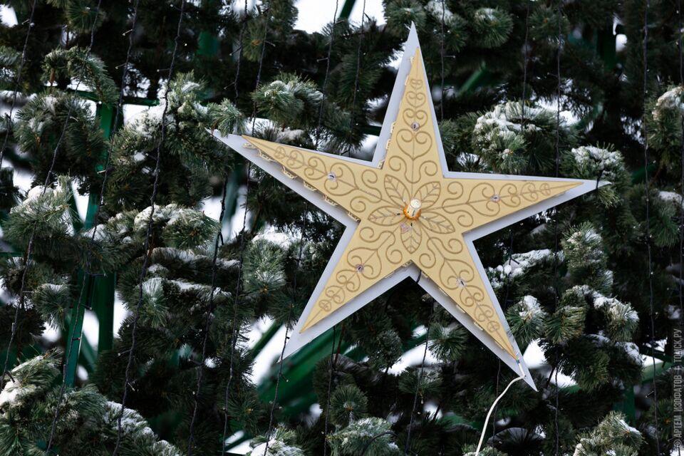 Праздник к нам приходит: главная елка Томска зажжется в пятницу