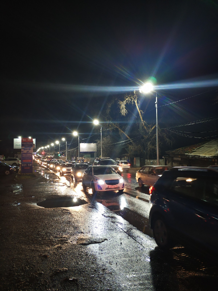 Серьезные пробки затруднили движение вечером в Томске