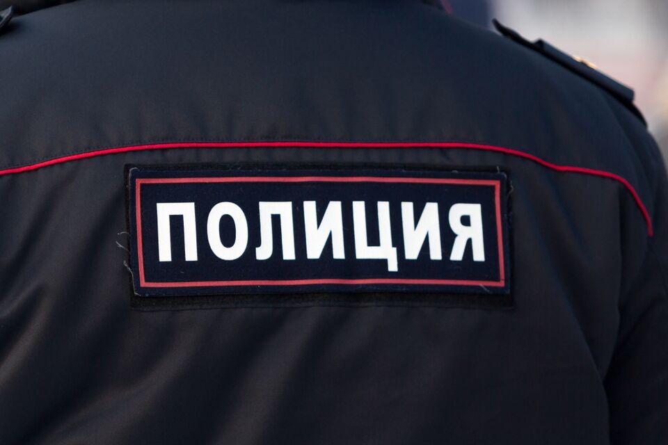 Полиция разыскивает подозреваемого в хищении имущества