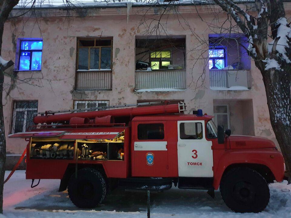 Томичей эвакуировали из-за замкнувшего бойлера