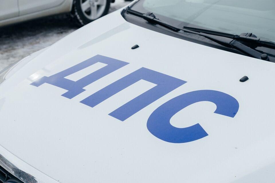 ДТП: два легковых автомобиля столкнулись на улице Балтийской