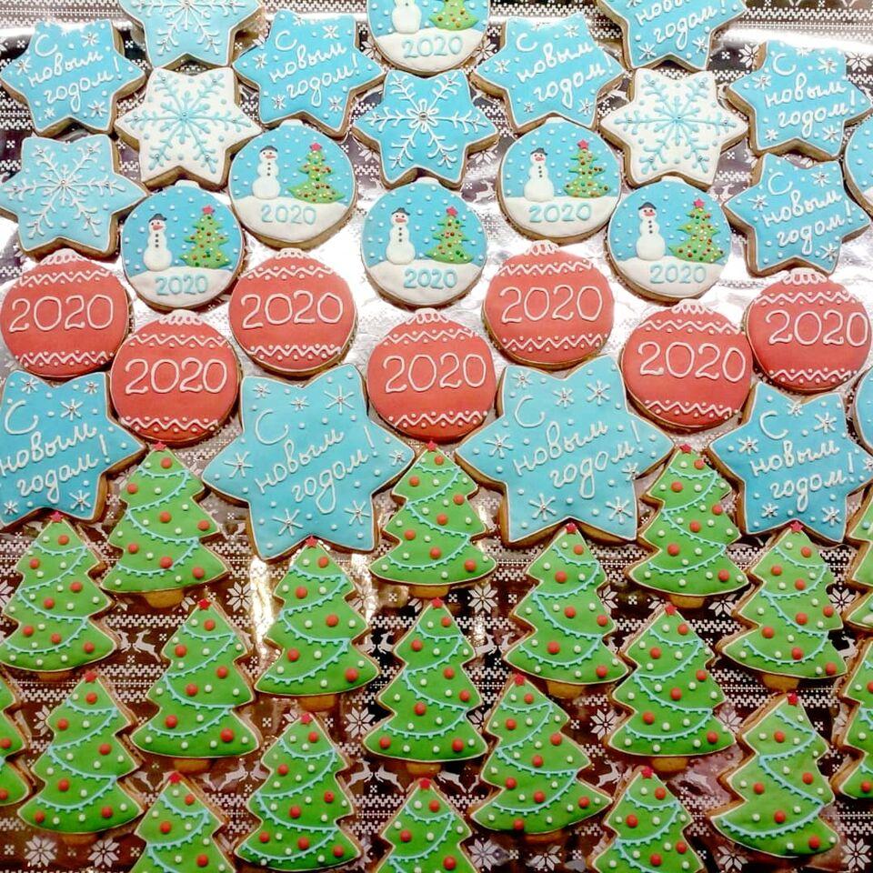 Сладкий Новый год: фото самых вкусных тортов и пряников