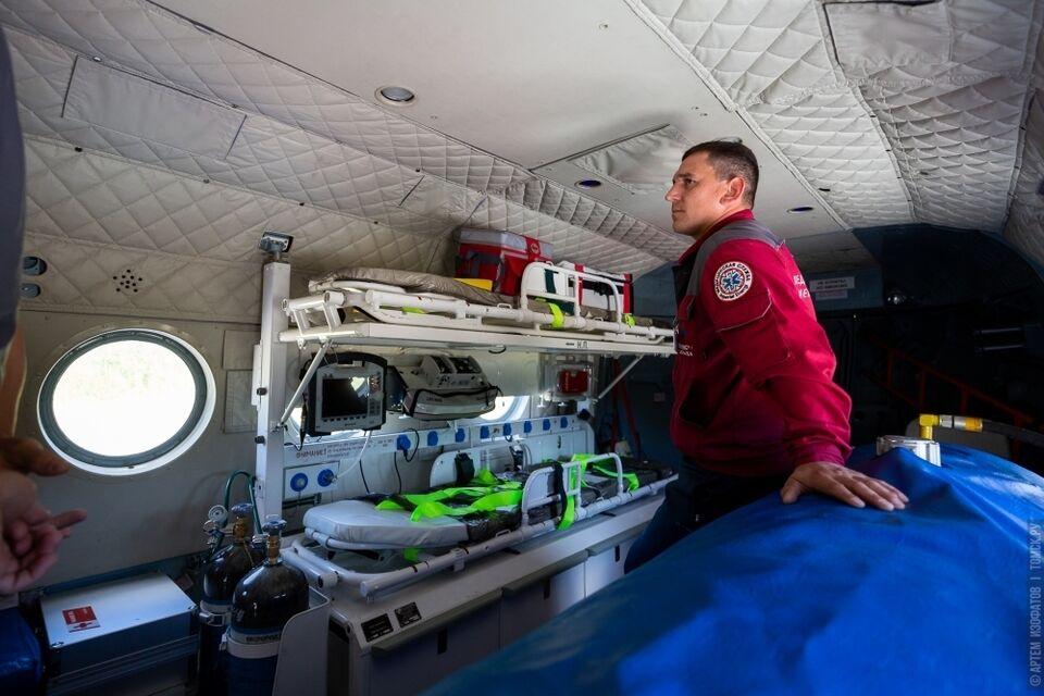 В праздники санавиация эвакуировала вертолетом одного человека