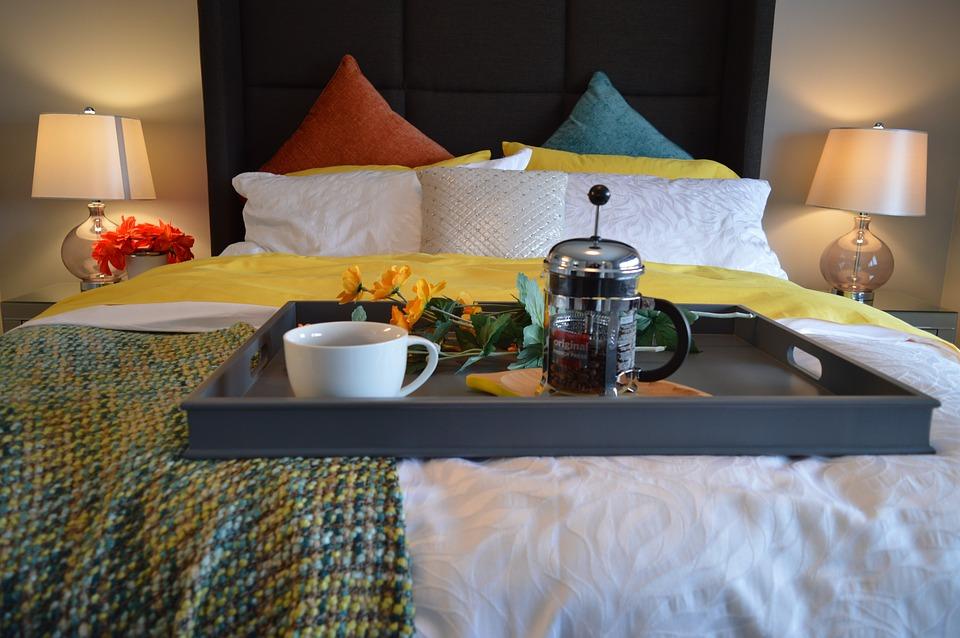 заявила красивые фото в кровати отеля пшеничной муки