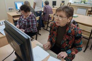 ФСС: томские пенсионеры смогут оформить больничный до 19 апреля
