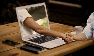 Не затягивайте c перепиской: в Роскачестве рассказали об опасностях сайтов знакомств