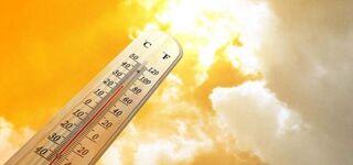 В жару еще опаснее: врач о риске при выходе на улицу в условиях пандемии