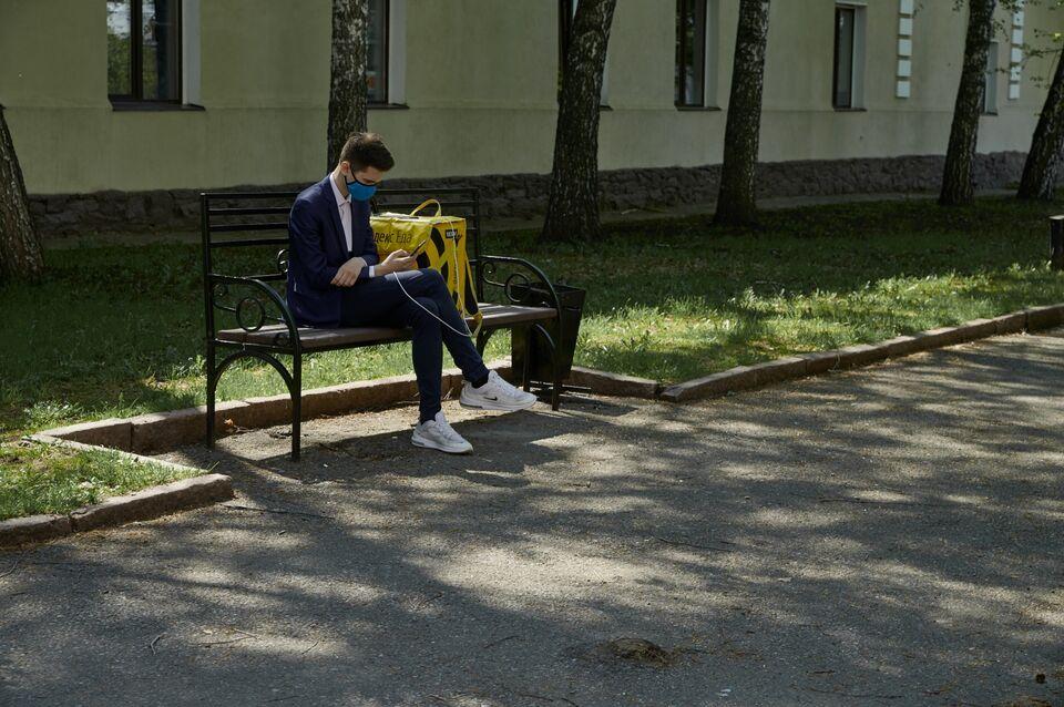 Российскому правительству предложили ввести пособие на покупку масок и перчаток