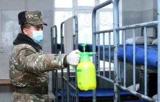 Переброс военной техники в Сибирь: для борьбы с коронавирусом задействованы все силы