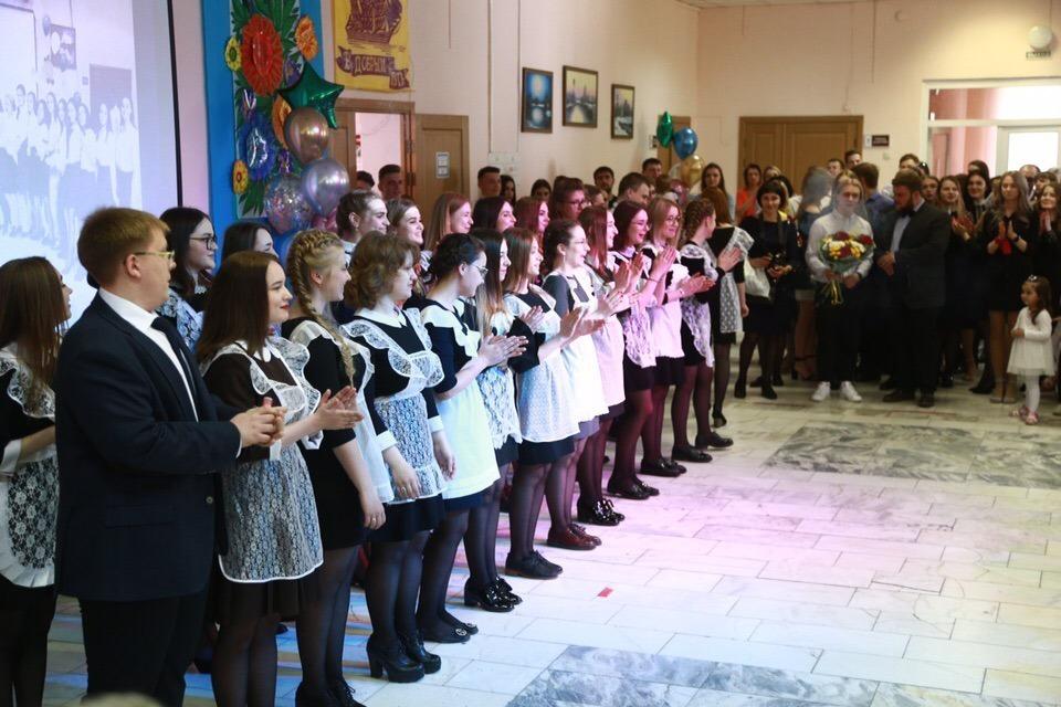Онлайн или вживую: томские школы сами решат, как выдавать аттестаты выпускникам