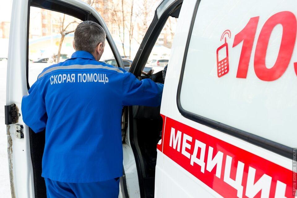 Водителей скорой помощи из Северска обеспечили средствами индивидуальной защиты после жалобы