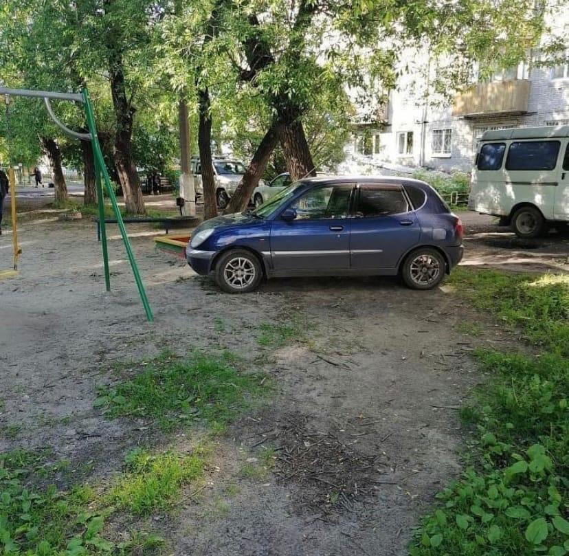 машина из дерева своими руками для детской площадки - YouTube | 809x828
