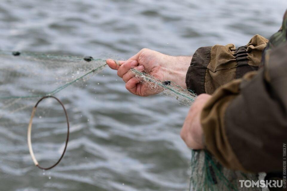 В Томской области поймали двух браконьеров на ловле стерляди