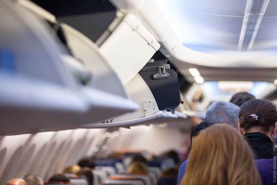 Международные полеты перенесли на август