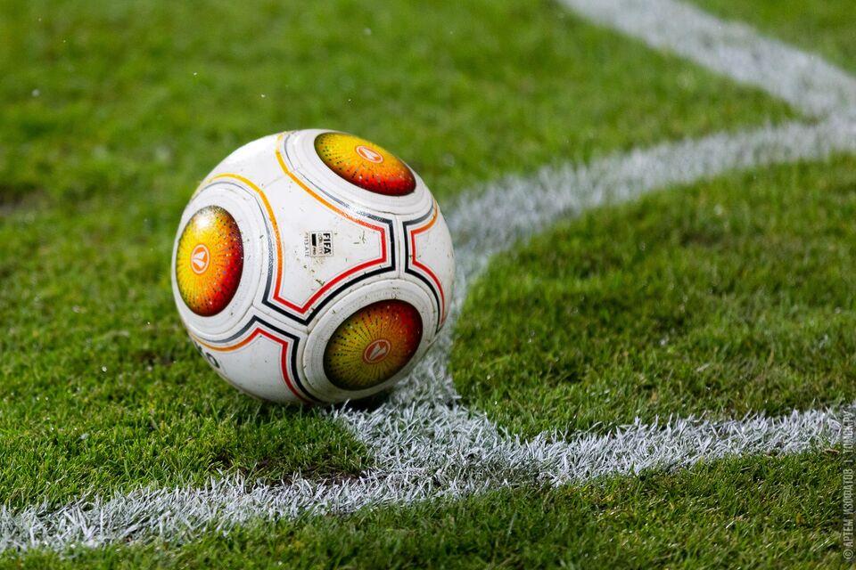 У трех футболистов «Томи» обнаружили Covid-19