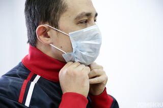 Деев: маски и перчатки придется носить до февраля