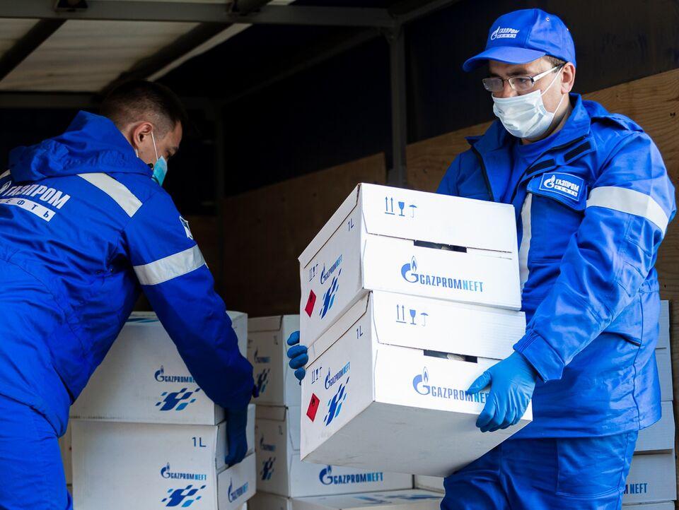 Топ-менеджеры «Газпром нефти» помогают врачам и пациентам томской детской больницы