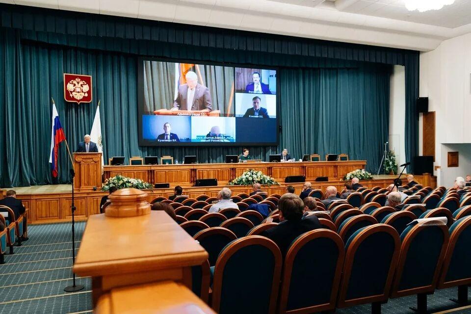 Не грубить и  не курить: в Сибири обновили кодекс этики для чиновников