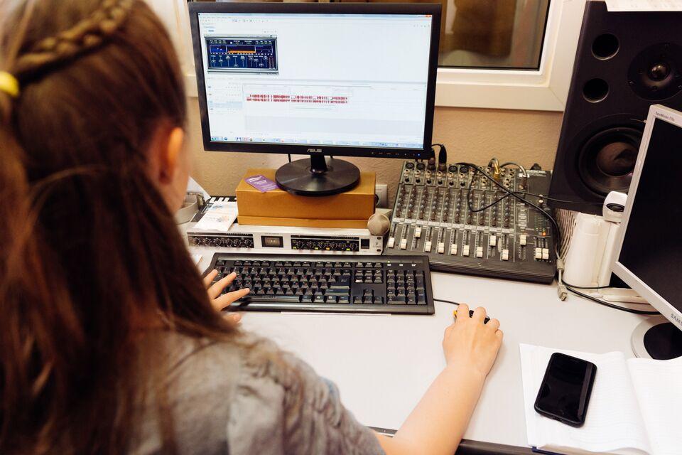 Томских учителей научат монтировать учебные видео