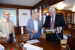 Томские ученые разработали антивирусную лампу