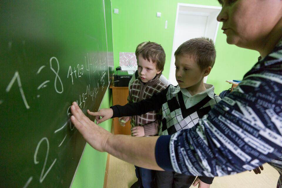 С начала учебного года в Томской области 17 педагогов заболели Covid-19