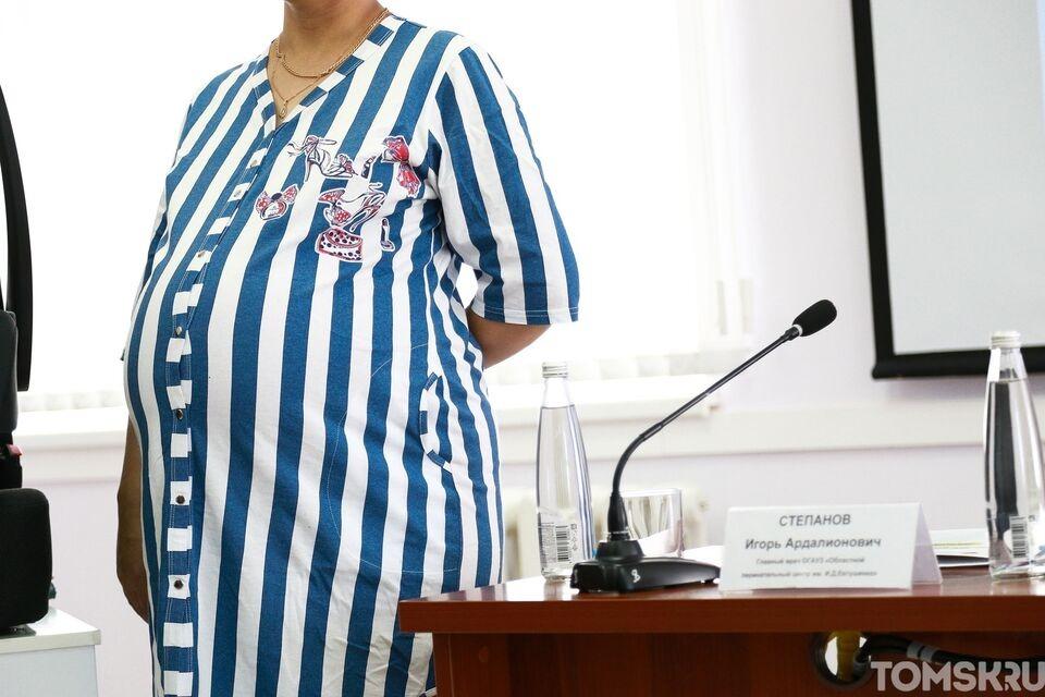 В Томске приостановили переобрудование роддома № 4 под ковидарий