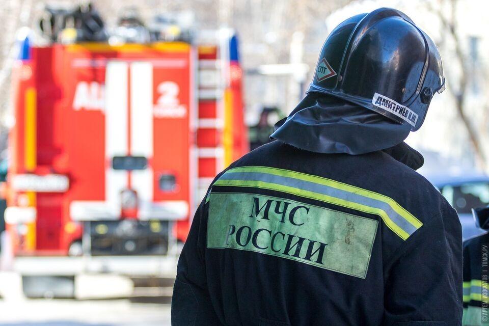 Снова пожар на улице Обручева: томич получил ожоги